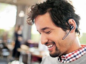 How To Pair a Bluetooth Headset With Your Phone
